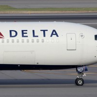 Delta Boeing 767-300ER N1613B returned to JFK after a bomb scare. (File photo by Kaz T)