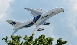 Malaysia Airlines Airbus A380 flight demo. (Photo by tobyjim via Flickr, CC BY-NC-SA.)