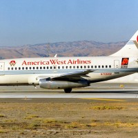 An America West Boeing 737-100 (N708AW) spotted at San Jose International Airport in 1993. (Photo by Torsten Maiwald via Wikimedia Commons)