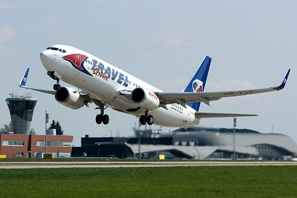 A Travel Service Boeing 737-800 (OK-TVF) takes off from Brno, Czech Republic. (Photo by MarekV, CC BY-SA)