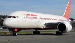 Air India&#039;s first Boeing 787-8 Dreamliner, VT-ANH, seen in March 2012. (Photo by Andrew W. Sieber via Flickr, CC BY-NC)