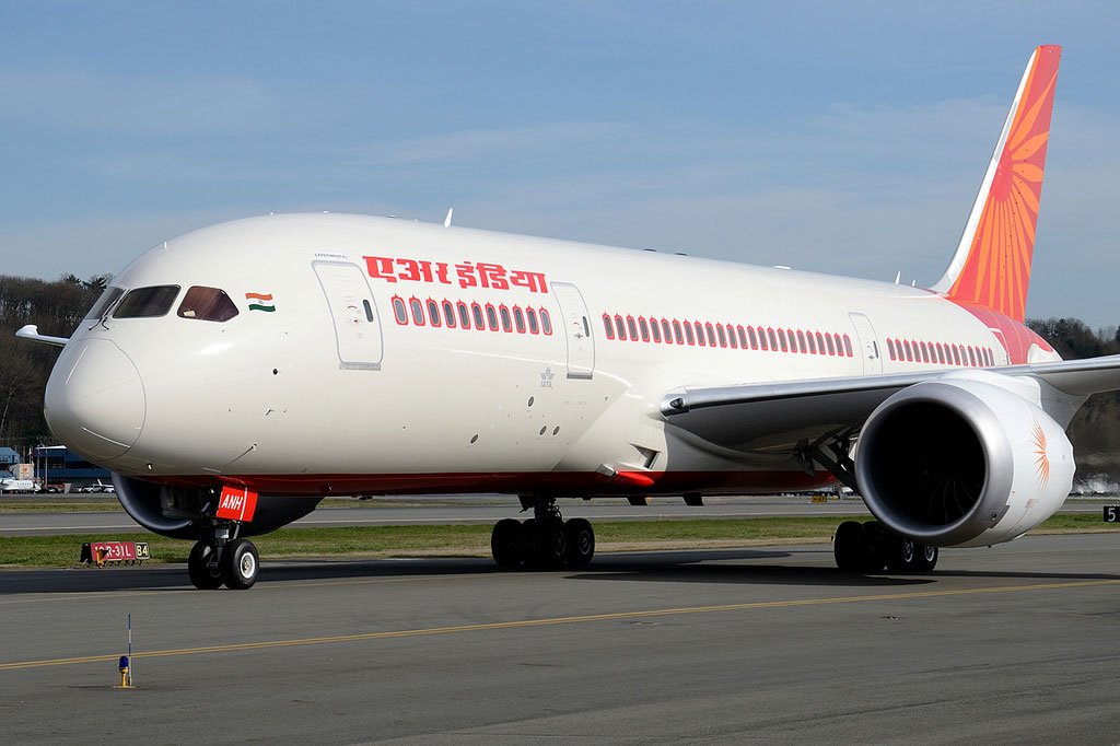 Air India Finally Picks Up its First Boeing 787 ...