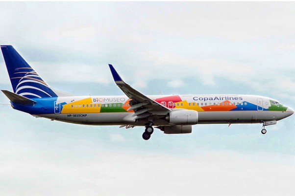 Copa's new Biomuseo Boeing 737-800 (HP-1825CMP) on final for JFK. (Photo by Jason Rabinowitz)
