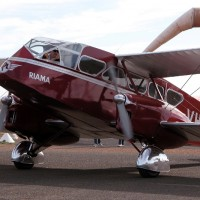 The missing de Havilland DH.84 Dragon is seen in Australia at a 2003 airshow. (Photo by Roger Allison-Jones via wikipedia, CC BY)