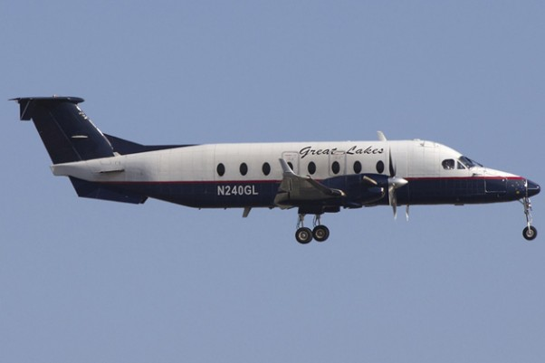 A Great Lakes Airlines Beech 1900D (N240GL) landing at LAX. (Photo by Brian Gershey)