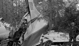 Wreckage of Lynyrd Skynyrd&#039;s crashed Convair 240.