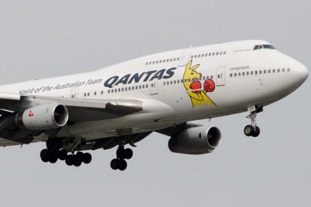 Qantas Boxing Kangaroo Boeing 747-400. (Photo by Jason Rabinowitz)