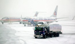 A fuel truck spotted on a snowy day at LaGuardia. (Photo by Matt Hintsa via Flickr, CC-BY-NC-SA)
