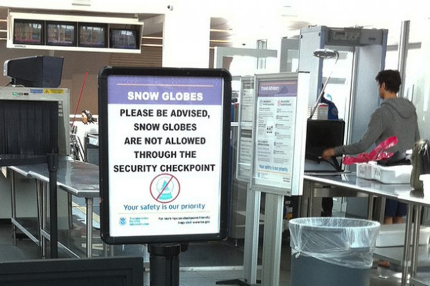 Snow Globe Expert Warns Of Tsa Confusion At The Airportnycaviation