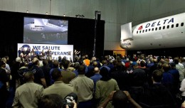 Delta's Spirit of Freedom 757 is unveiled in Atlanta. (Photo by Delta Air Lines)