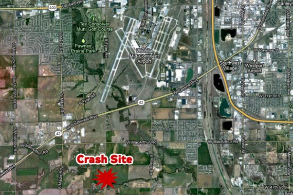 The crash site was about 2.5 miles southwest of Wichita Mid-Continent Airport. (Map by NYCAviation/Google Maps)