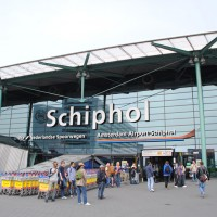 Entrance to Amsterdam Airport Schiphol. (Photo by Cjh1452000 via wikimedia, CC-BY-SA)
