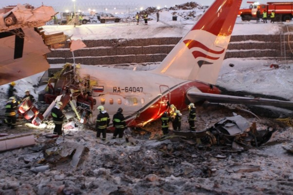 Wreckage of Red Wings Airlines Flight 9268. (Photo by Russian Ministry of Emergency Situations)