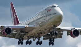 Virgin Atlantic Airways Boeing 747-400 (G-VROC) on final approach to Heathrow. (Photo by Mark Winterbourne via Flickr, CC-BY)