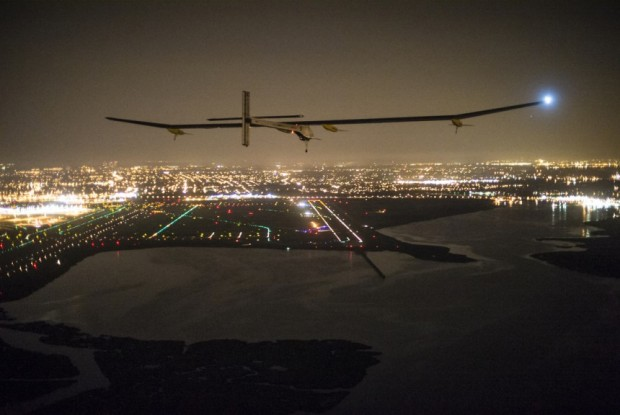 Across America 2013:Final leg from Washington DC. to New-York City. Final Approach © Solar Impulse |Revillard| Rezo.ch