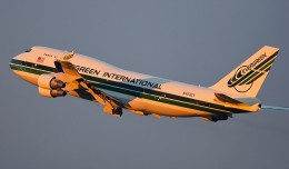 An Evergreen 747-400 flies off into the sunset. Photo by Mark Szemberski