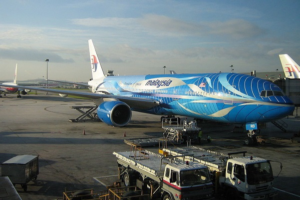 Photo of Malaysian Airlines 777-200 9M-MRD, the actual aircraft said to be involved in the accident. The aircraft had been repainted back into normal colors prior to the crash.