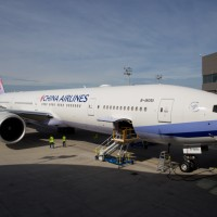 China Airlines 777-300 delivery-15