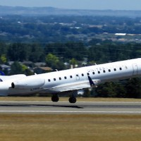 United_Express_ERJ
