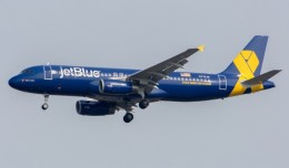 JetBlue's latest special livery, Vets In Blue, arriving at JFK for the first time. Photo courtesy Jason Rabinowitz.