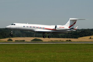 A Gulfstream G550 owned by Coca-Cola Co., seconds before touchdown at Luton Airport.