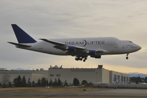 Boeing Dreamlifter - Paul Thompson_Fotor