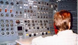 747jh002