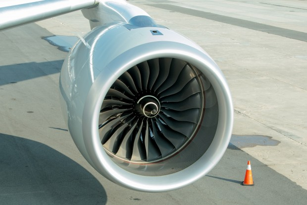 If there is one place where you can really observe the carbon fiber used in the A350, its inside the engine nacelles.