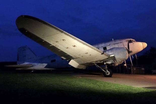 The Rush To Save A Vintage C-53 - NYCAviationNYCAviation