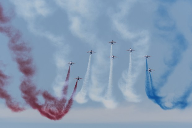 Patrouille de France pulling up for their opening loop in Diamond formation.