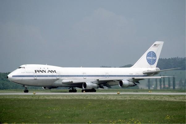 """Pan Am Boeing 747-100 """"Clipper Neptune's Car"""" (N742PA) seen in Zurich, 1985. (Photo by Eduard Mamet via wikimedia)"""